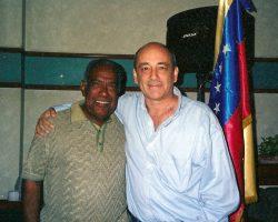 """ROY RIVASPLATA y su """"Salsa Picante"""""""